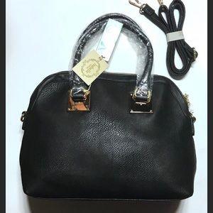 Handbags - ❤️NWT Isabelle Black Convertible Shoulder Bag